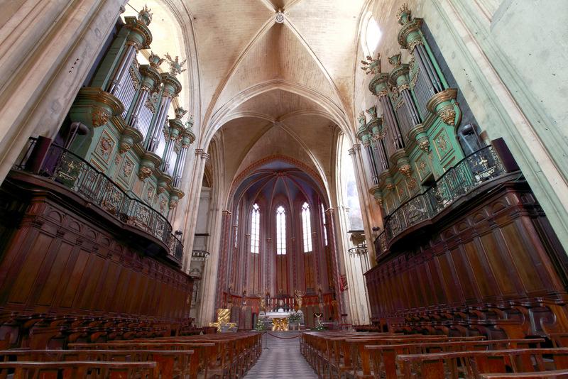 Intérieur de la Cathédrale Saint-Sauveur